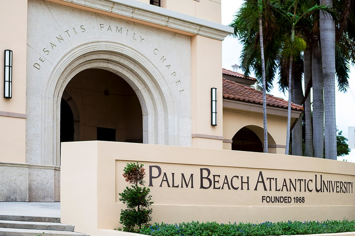 Located In Downtown West Palm Beach Atlantic University A Private School Is An Ideal College For Students Who Desire Rigorous